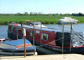 Photo of narrowboat